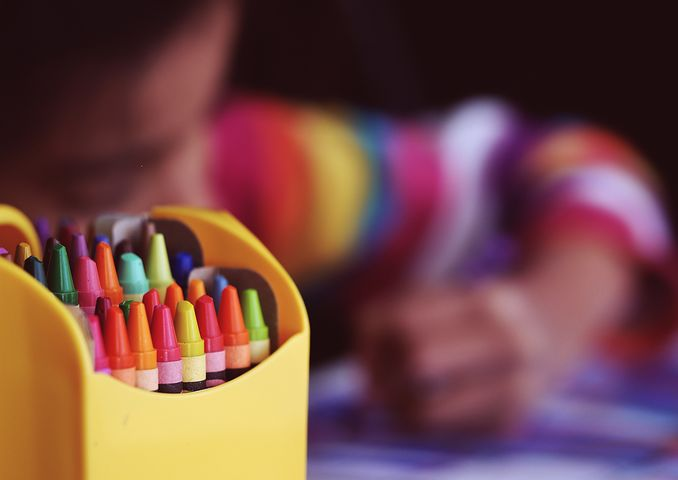 child while coloring